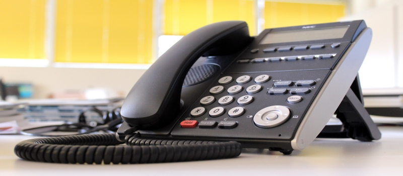 Get on the top of your business by using VoIP phone systems